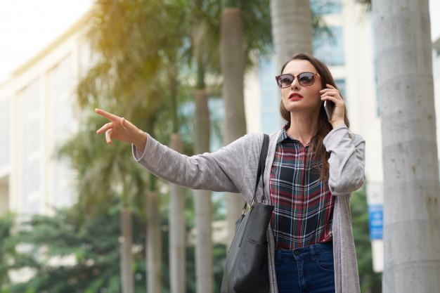 Claves para saber cómo pedir un taxi por teléfono