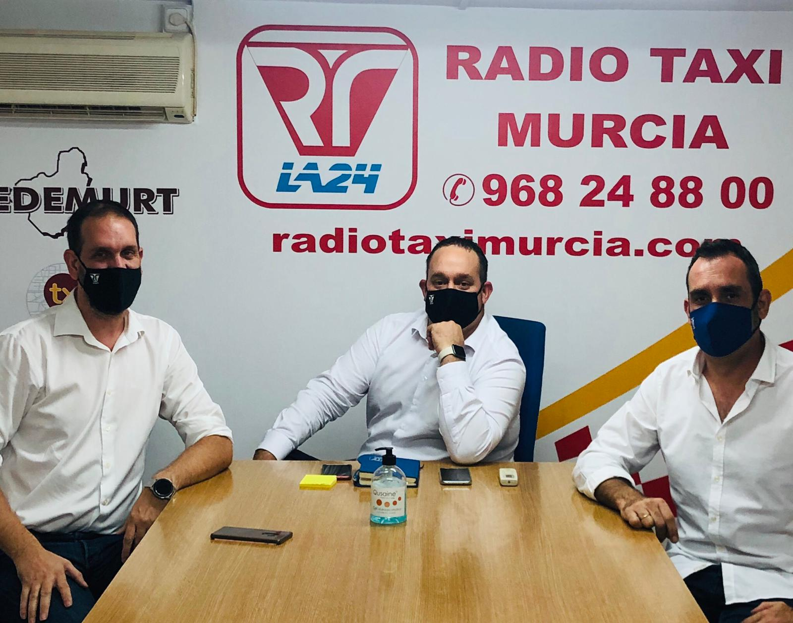 Una nueva generación toma el mando de Radio Taxi Murcia