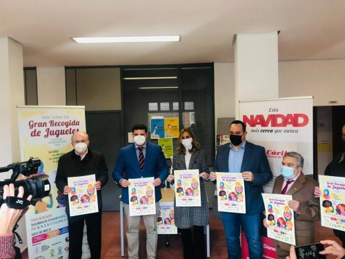 """Radio Taxi Murcia colabora en la campaña """"Un niño, una ilusión, una sonrisa, un juguete"""""""